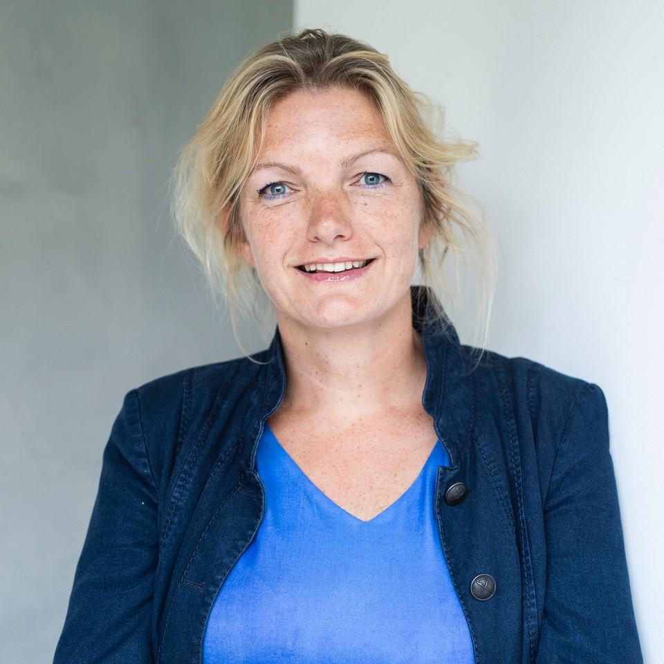Je bekijkt nu Nieuwe HPP'er Thea Smid over duurzaam inkopen: 'Vroeger kocht je een stoel die je kon repareren'